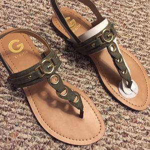 New Guess Olive Green sandals!